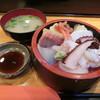辰己家 - 料理写真:ちらし寿司1000円