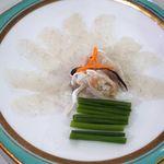 三保園ホテル - フグ刺身。てっさ。三保園ホテル(静岡市)食彩品館.jp撮影
