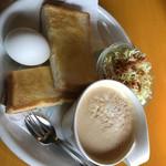 ギオン シグマ - 料理写真:モーニング  カフェラテ  430円