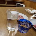 炭火乃 - 御幣お湯割り_500円、川口納豆_500円