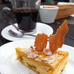 青いナポリ - かぼちゃクリームパウンドケーキ
