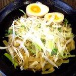 福々麺 - まぜ油麺 麺