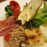 トラットリア ラパーチェ - 6種類の前菜の盛り合わせ