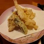 海鮮れすとらん四季庵 - 御膳の天ぷら