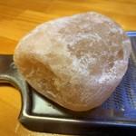 土佐 市場寿し - 名物の岩塩