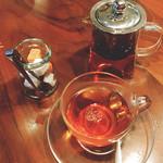 101268845 - 紅茶