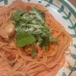 ジョリーパスタ - ゴロゴロホタテのトマトクリームソース