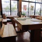 食楽工房 キッチン・ふぁーむ - ここでは熊本から直送した野菜やお米等を使った自然食の数々が楽しめます。