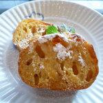 ザ キャピトル ラウンジ サリョウ - 朝食の卵料理として選んだフレンチトースト