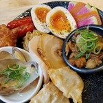 福島壱麺 - 色々あて盛