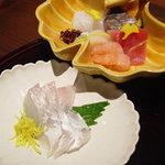 柳庵 - スズキの刺身と刺身の盛り合わせ