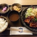 101311989 - 味噌カツ定食
