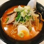 ラーメン屋 福八 - 料理写真:辛口みそラーメン(850円)