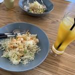 キケロ - サラダとドリンク