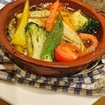 ロテヤキ。酒場。メリケン - 赤、黄、緑、色とりどりの野菜達、映えますね~