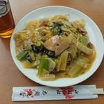 中国料理太湖飯店 - 五目焼きそば¥900-