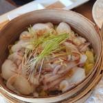 スプーン - 北海タコと香味野菜のせいろ蒸しの北海タコ