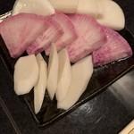 近江牛と有機野菜の呑処 ひだまり - 浅漬け