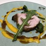 なかがわ - メインは「きなこ豚(宮崎産)」、ゆで卵のカルボナーラ風ソース、マルサラワインのソース添え。