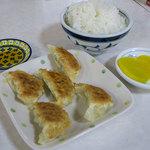 一九ラーメン いち里 - 餃子Setはラーメンにご飯、餃子5ヶのセット。