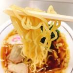 西新井ラーメン - ラーメン  麺リフト
