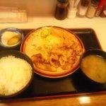 キッチンすもり - 豚肉のにんにく焼き定食\600
