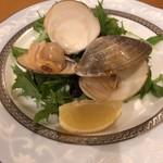 海鮮鉄板 やまおか食堂 - ハマグリ