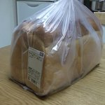 パンタジー - 料理写真:Pantasy弓ヶ浜店・ホテルブレッド¥298