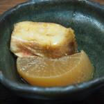 まるさん松本 - 定食の標準セット(煮付け)