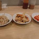 韓国料理 ビビム - セットの小皿