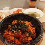 韓国料理 ビビム - 石焼キムチビビムパ