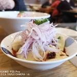麺'sキッチン RIRI - ピリ辛水餃子