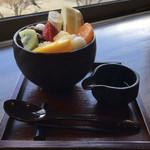 不曹庵 - 果物たっぷりフルーツあんみつ 800円