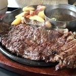 101367179 - ロース肉の炭焼きステーキ200g@1000円