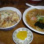 大番 - カツ丼500円、ラーメン350円