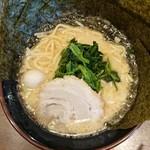 Ittouya - 豚骨醤油ラーメン並+のり増し