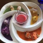 ブルーバード - デリカッセン8種プレート&野菜のポタージュ