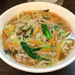 まえたん - 野菜あんかけ麺 \ 800