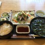 あらし - ブリのタタキ定食1550円