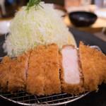 ポンチ軒 - 料理写真:ロースカツ