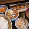 定食 ロケット - 料理写真:焼き鯖、モツ煮定食