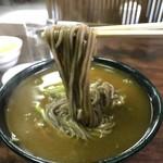 日精そば - リフト、ほら、このスープの絡み具合、最高です!(2019.2.5)