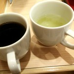 ジョイフル - コーヒーと梅昆布茶からスタート