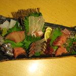 いけす割烹 心誠  - ぴちぴちの刺身