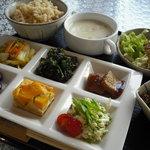 ふらいぱんや - 料理写真:野菜たっぷり昼ごはん