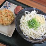 はなまるうどん - かけ[中]、野菜かき揚げ(2019/01/28撮影)