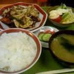 千成亭 - 肉とキャベツの味噌炒め定食850円
