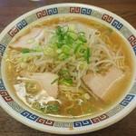 竹の家 - 料理写真:中華そば大 ¥550