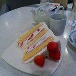 10141812 - スーパー苺ショートケーキ
