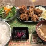 ゴリラ食堂 - 唐揚げA定食